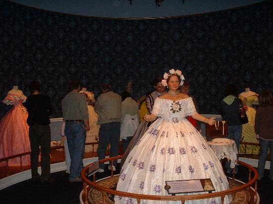 Abraham Lincoln Presidential Library and Museum: Mary Todd Lincoln