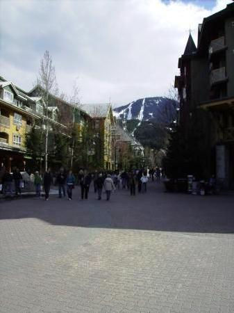 Whistler Town Plaza Suites: The Village Stroll