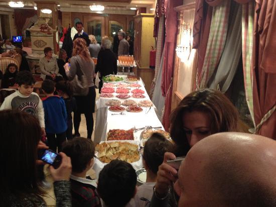 Пинцоло, Италия: la serata di gala
