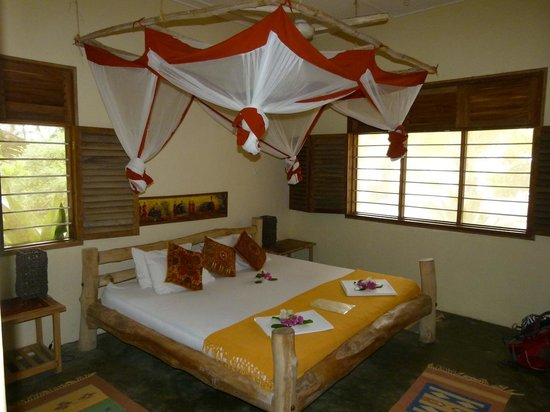 Kilima Kidogo Guesthouse: our room