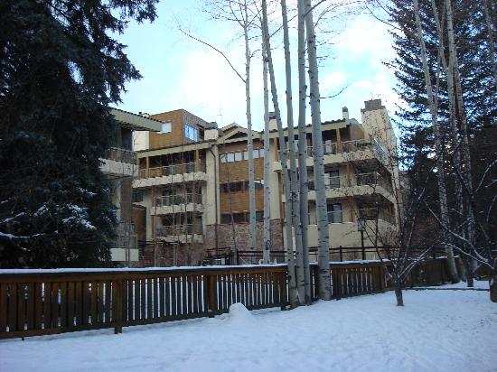 Lodge at Lionshead: Condo View from Bike Path to Gondola