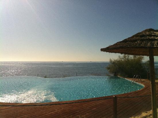 Hotel Costa dei Fiori: infinity pool