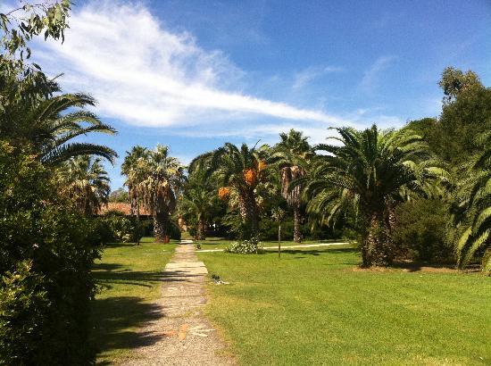 Hotel Costa dei Fiori: the grounds