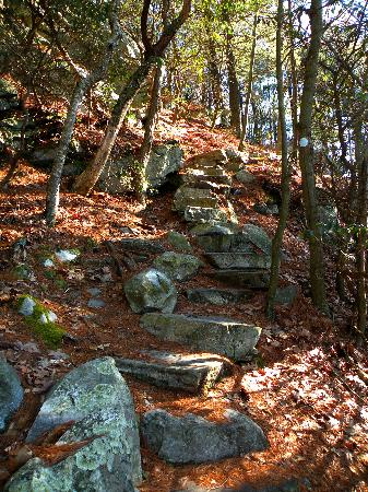 Monument Mountain: Rock Stairs to Devil's Pulpit