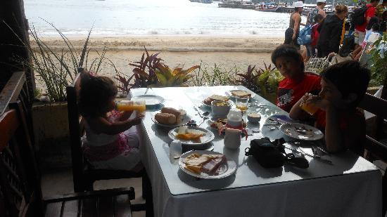 Pousada Tropicana: comedor-desayuno