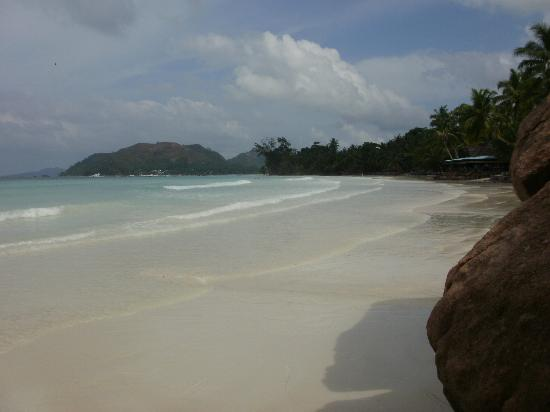 Aquario: spiaggia a pochi passi dall'Acquario