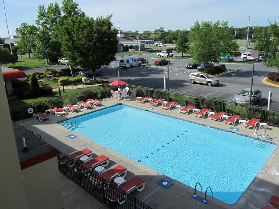 Econo Lodge Resort: Pool