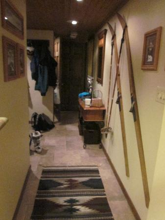 Dulany at the Gondola Condominiums: hallway from the common area to the front door and to the bedrooms