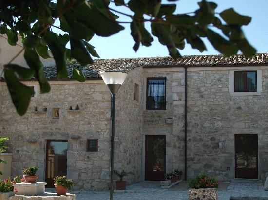 Artemisia Resort: Il caseggiato
