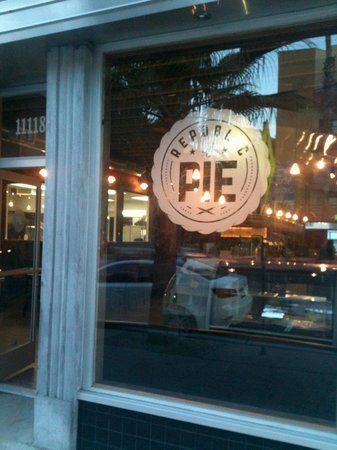 Photo of American Restaurant Republic of Pie at 11118 Magnolia Boulevard, Los Angeles, CA 91601, United States