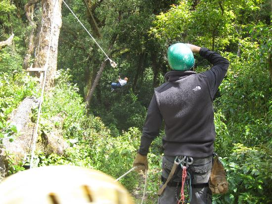 Canopy Adventure Barva Volcano: Guide watching
