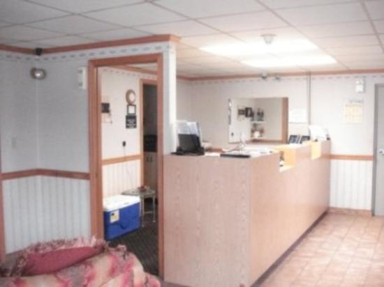 Stateline Inn Hagerstown: Lobby