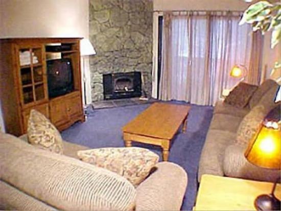 Summit Condominiums: Recreational Facilities