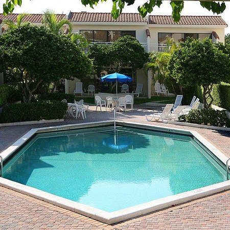 Ventura Resort : Outdoor Heated Pool