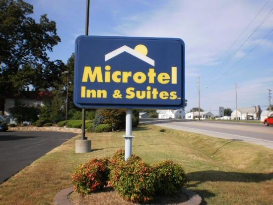 Microtel Inn & Suites by Wyndham Sainte Genevieve: Outsidesign
