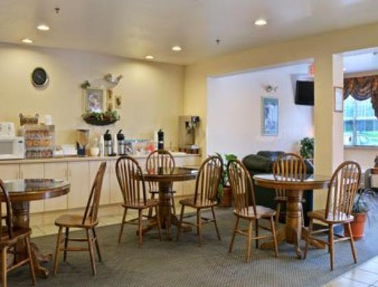 Idabel Inn : Breakfast Area