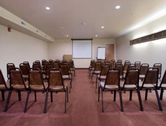 Microtel Inn & Suites by Wyndham Bozeman: Meeting Room