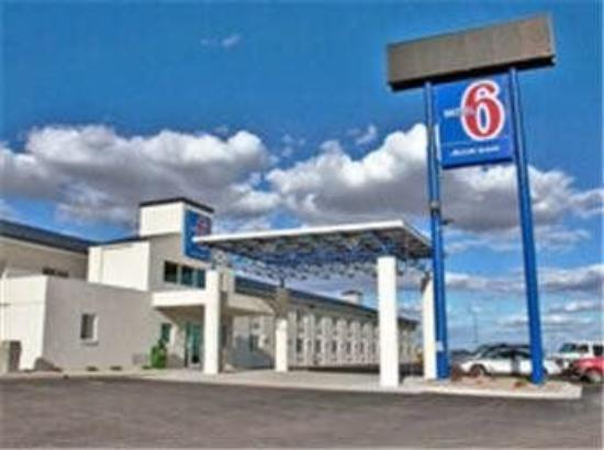 Motel 6 Big Springs: Exterior
