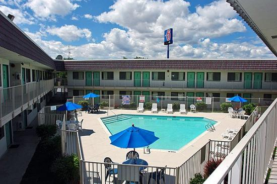 Motel 6 Reno-Livestock Events Center