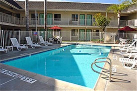 Motel 6 Oroville: MPool