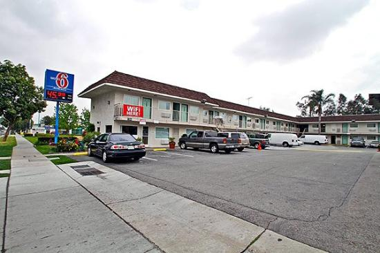 motel 6 ontario airport 7 5 61 updated 2017 prices. Black Bedroom Furniture Sets. Home Design Ideas