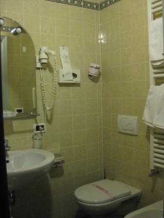 Le Boulevard Hotel: Bathroom