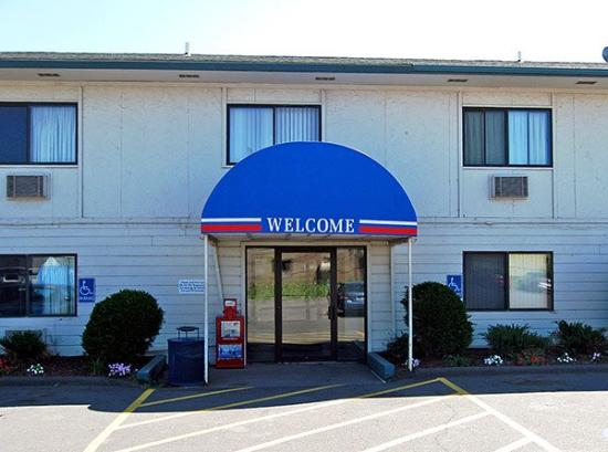 Motel 6 Duluth : Miscellaneous