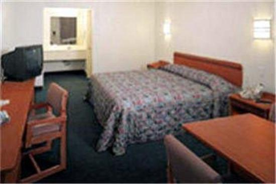 Motel 6 Lake Havasu Lakeside: Guest Room