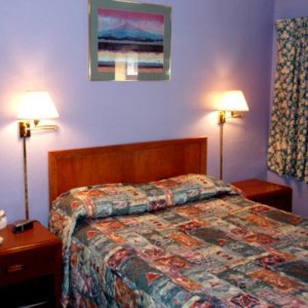 Bestway Inn Grants Pass: Rsz Bed