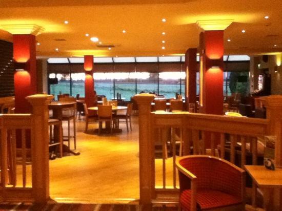 Premier Inn Carlisle M6 Jct44 Hotel : bar area