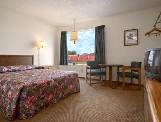 Super 8 Branson/South: Guest Room