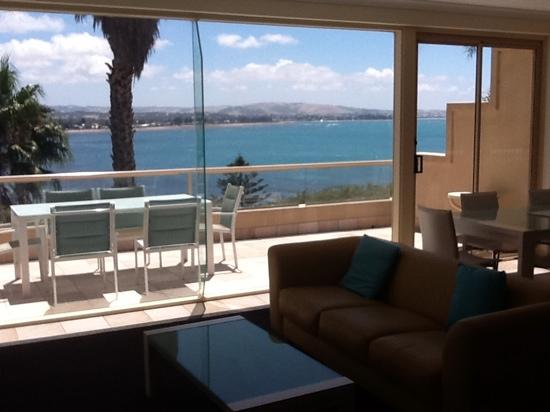 The Bluff Resort Apartments: View from apartment over 106 over Encounter Bay across to Victor Harbor.