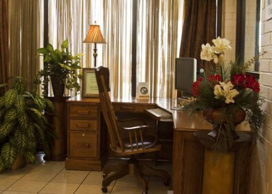 Motel 6 Bricktown: Quality Inn Ok Business