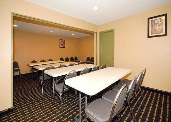 Quality Inn - Homewood: Meeting Room