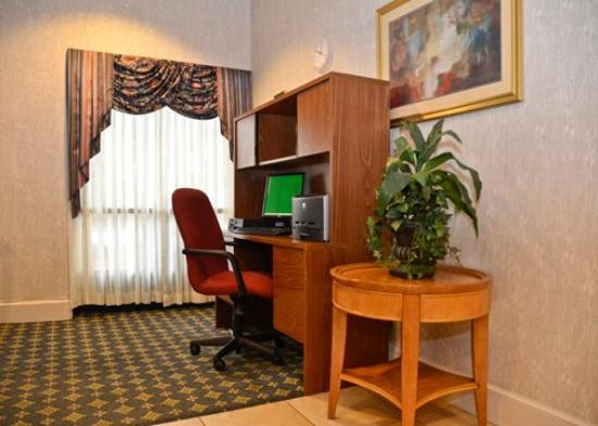 Quality Inn Camp Springs-Andrews AFB: Business Ctr