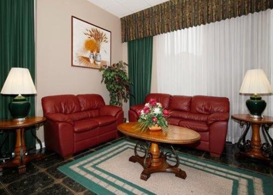 Econo Lodge: Lobby