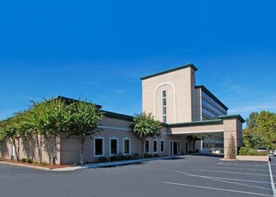 Quality Inn Coliseum
