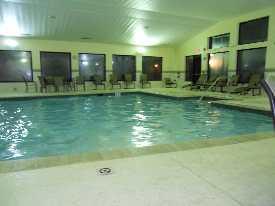 Country Inn & Suites By Carlson, Atlanta Northwest at SunTrust Park: Pool
