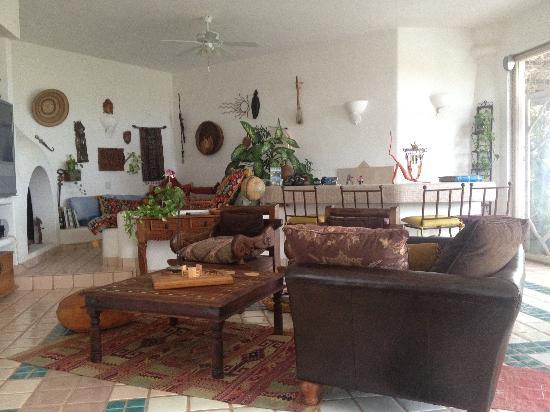 Casa Contenta Bed & Breakfast: living area second floor