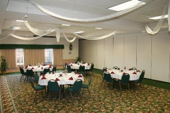 Flat Creek Inn & Suites: Meeting Room
