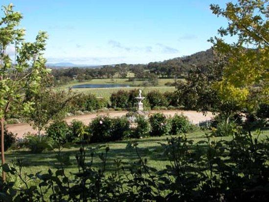 Kyneton Ridge Estate B&B: Beautiful views from B&B rooms