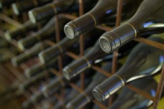 Kyneton Ridge Estate B&B: Amazing selection of wines, all made on site