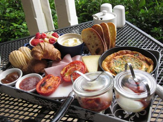 Spicers Clovelly Estate: Parisienne breakfast!