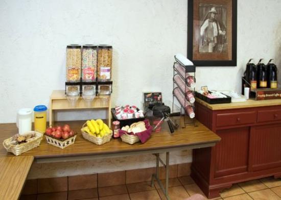Rodeway Inn Baker City: Breakfast