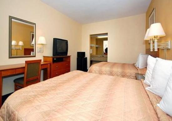 Super 8 El Cajon CA: Guest Room -OpenTravel Alliance - Guest Room-