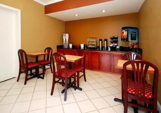 Super 8 El Cajon CA: Restaurant (OpenTravel Alliance - Restaurant)