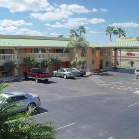 Texas Inn: Other Hotel Services/Amenities