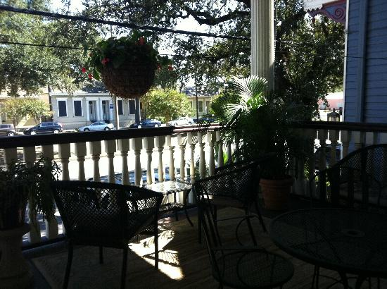 Elysian Fields Inn: front porch
