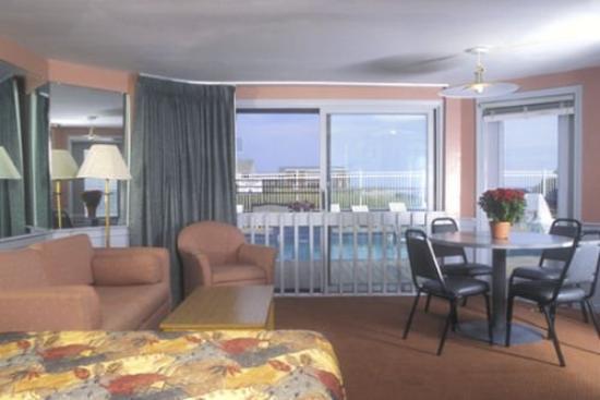 Corsair and Cross Rip Oceanfront: Suite