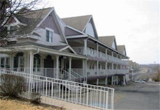 Candlelight Inn: Queen Ann II Motel